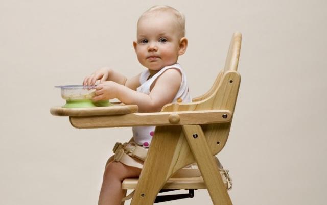 Прикорм по Комаровскому по месяцам  при грудном вскармливании: таблица, схема, правила