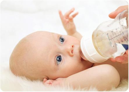 Когда можно давать воду ???? новорожденному при грудном вскармливании: нужно ли поить?