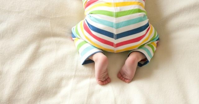 Сыпь на локтях у ребенка : фото с пояснениями, причины высыпаний на коленях
