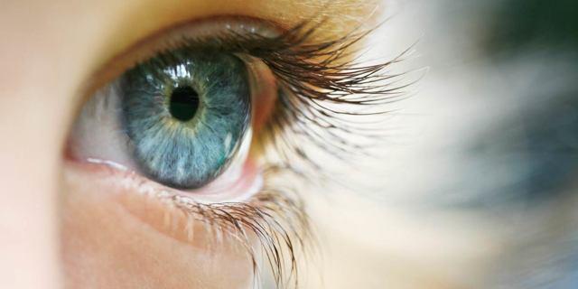 Капли от коньюктивита для детей  и глазные мази: список лучших средств с антибиотиком