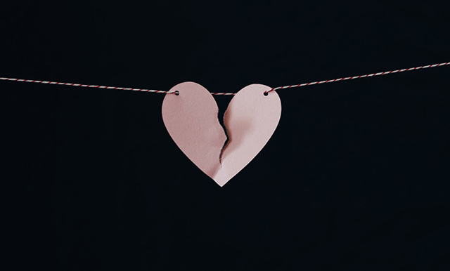 Во время месячных болит влагалище: причины неприятных ощущений при менструации, устранение боли