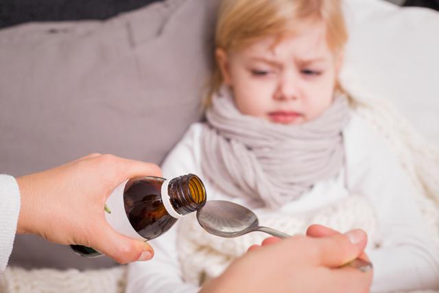 Что дать ребенку при рвоте : противорвотные средства и препараты от тошноты (таблетки, сиропы, свечи)