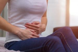 Задержка месячных при кисте яичника: может ли быть, что нужно предпринять?