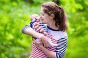 Лактостаз у кормящей матери : симптомы и лечение застоя молока в домашних условиях