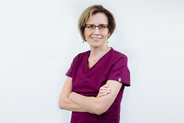 Запор после переноса эмбрионов при ЭКО: почему бывает и что делать?