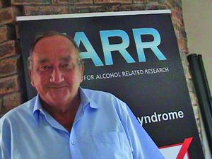 Фетальный алкогольный синдром плода: когда чаще всего возникает, как выглядит на фото, что делать?