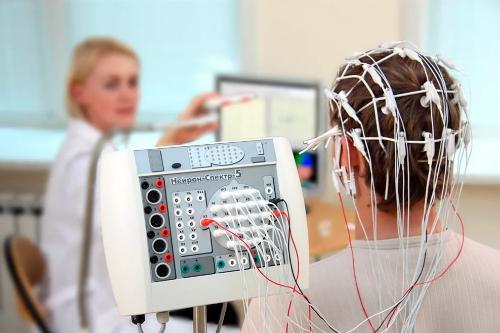 Киста головного мозга у новорожденного  (в голове): субэпендимальная, сосудистая