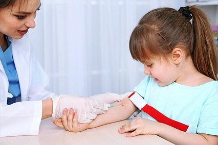 Послеоперационный период после удаления аденоидов у детей: лечение температуры и кашля, диета
