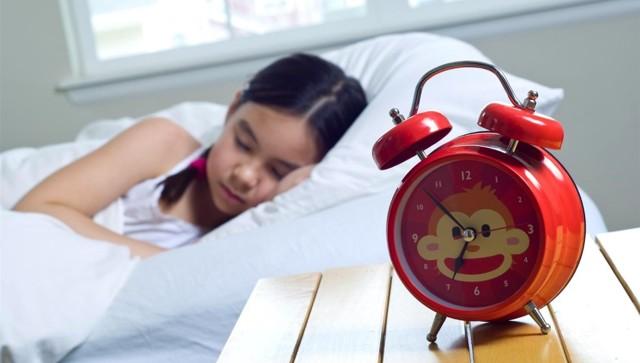 Сколько должен спать ребенок в 3 месяца  днем, ночью: причины плохого сна