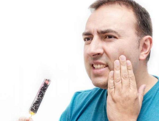 У ребенка опухла щека с одной стороны - что делать, почему так произошло?