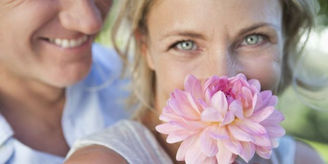 Как вызвать месячные при климаксе или менопаузе и нужно ли это делать?