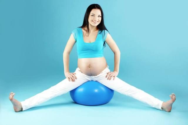 Можно ли бегать на ранних сроках беременности, в чем польза и вред бега во время вынашивания плода?