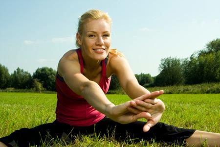 Фитнес после родов дома и в зале: когда можно начать заниматься спортом при грудном вскармливании?