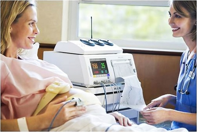 Как определить пол ребенка по сердцебиению, чье сердце бьется чаще – мальчика или девочки?