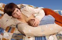 Молозиво после родов: когда появляется и что делать, если его нет?