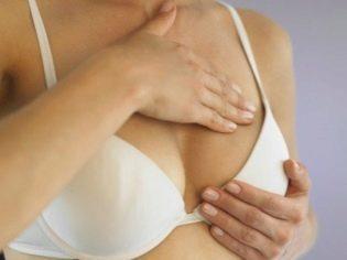 Когда набухает грудь при беременности, через сколько после зачатия начинают болеть молочные железы?