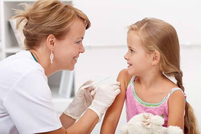 В детский сад без прививок: какие обязательны для поступления и берут ли ребенка при их отсутствии?