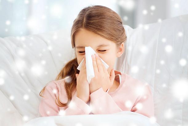 Народные средства от насморка для детей - рецепты для быстрого лечения