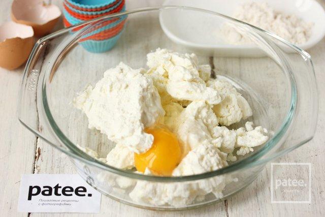 Сырники для детей 1 года из творога: рецепты в духовке, на пару, в мультиварке