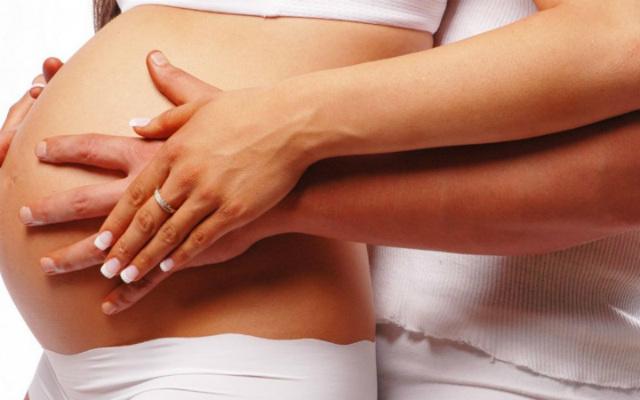 Молочница на ранних сроках беременности: признаком чего она может быть, опасна ли и чем лечить?