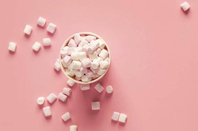Низкий сахар у новорожденного в крови: причины гипогликемии, чем чревато состояние?
