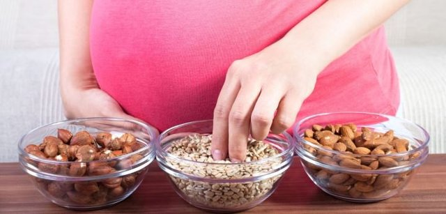 Аллергия при беременности на ранних и поздних сроках: причины, симптомы и лечение, влияние на плод