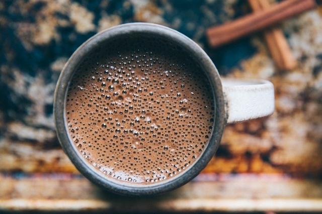 Можно ли какао беременным на ранних и поздних сроках: польза, вред и противопоказания