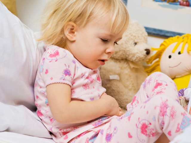 Ротавирус у грудничка: симптомы инфекции у новорожденных и лечение