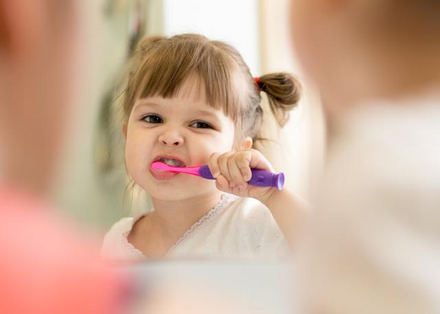 Стоматит у детей  - лечение в домашних условиях быстро и эффективно народными средствами