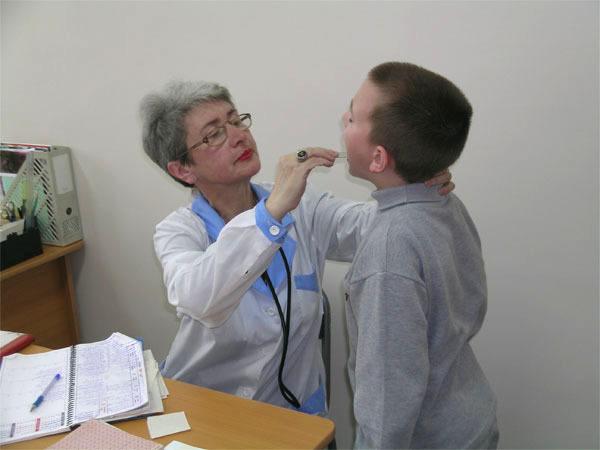 Вирусный стоматит у детей: симптомы и лечение, фото, инкубационный период