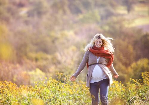 Ходьба при беременности: можно ли беременным много ходить пешком на ранних и поздних сроках?