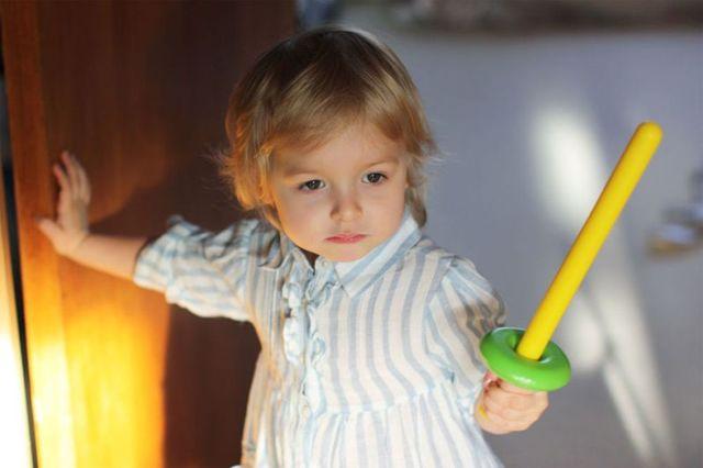 Как научить ребенка постоять за себя: давать сдачи, когда обижают, защищаться?