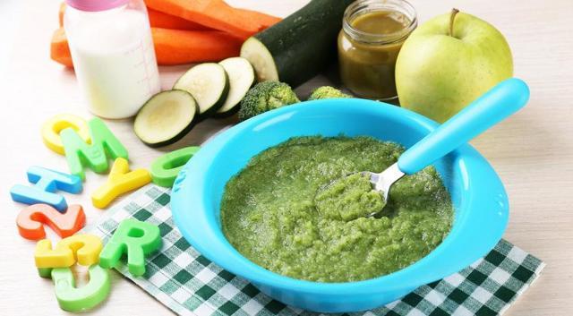 Пюре из кабачка для грудничка: рецепт первого прикорма (как приготовить, варить)